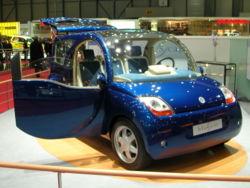 250px-bollore_blue_car.jpg